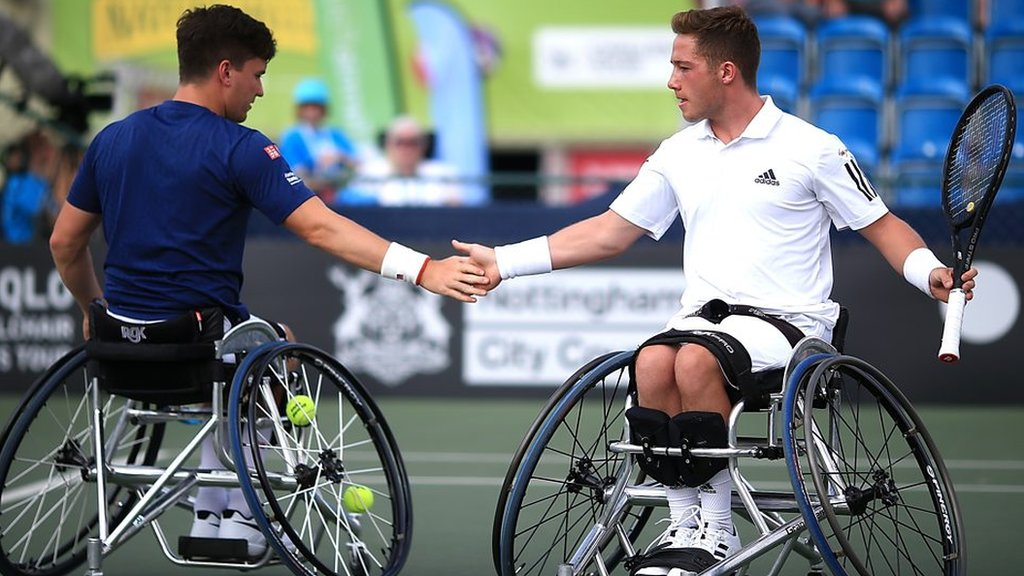 Wheelchair tennis: Watch 'extraordinary' 38-shot rally at British Open