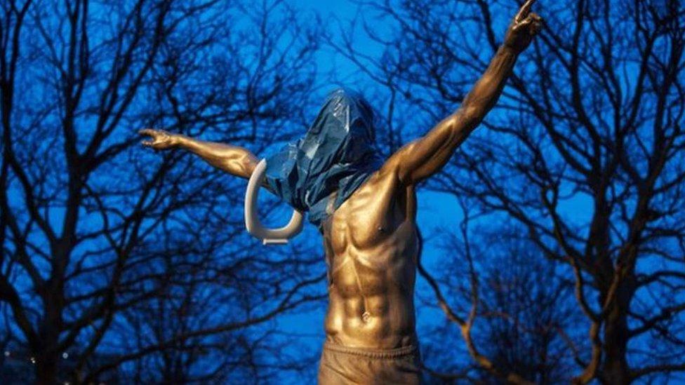 تمثال زلاتان