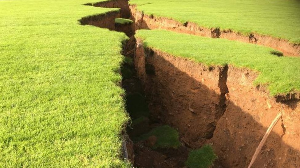 Sinkholes force Gaelic football club out of home
