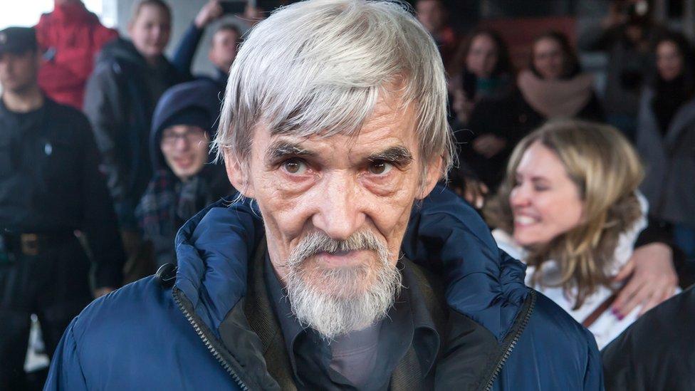 Прокурор запросил для историка Дмитриева 15 лет колонии строгого режима