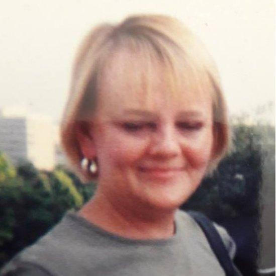 Picture of Joanna Sanderson