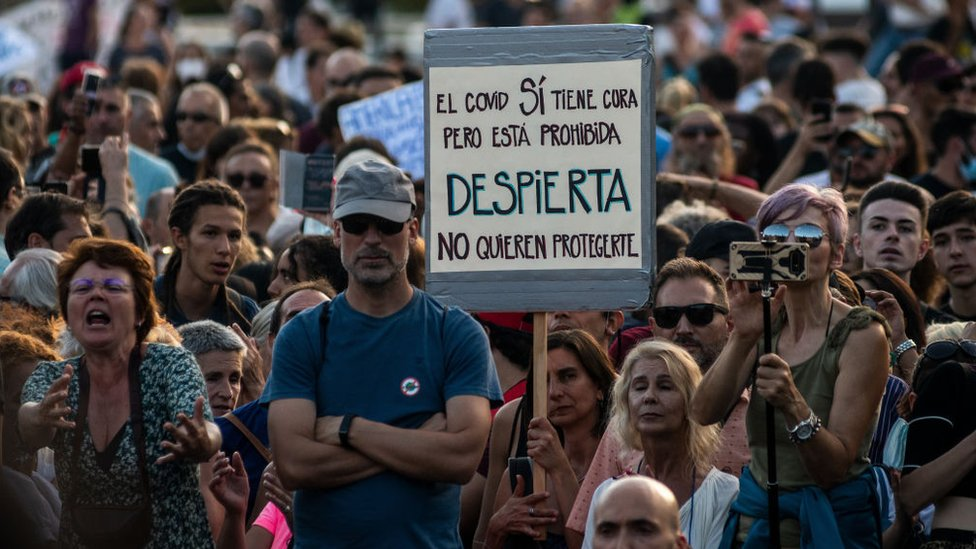 Anti-mask protest in Madrid