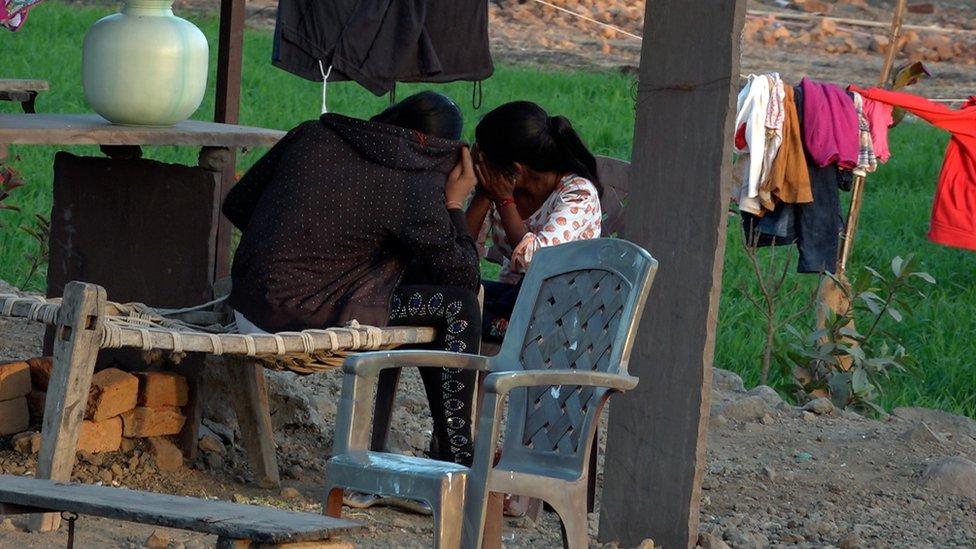 في هذه المنطقة من الهند يجبر الآباء بناتهن على ممارسة الدعارة