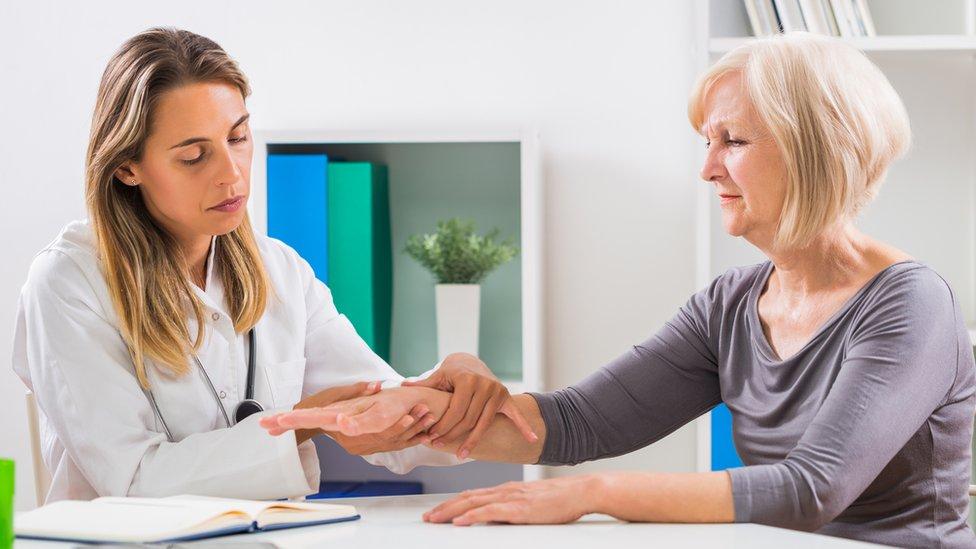Paciente y médica