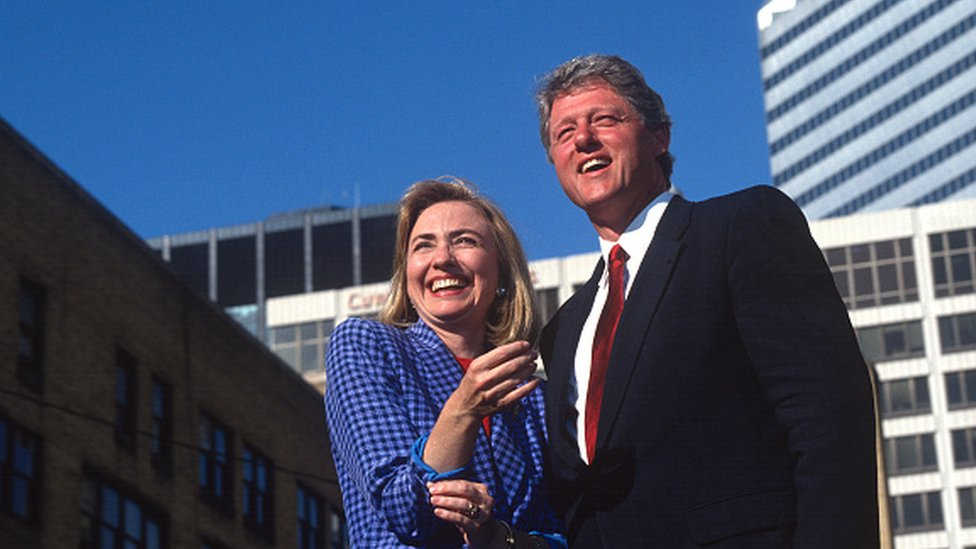 استعان بيل كلينتون ببلادينو في حملته الانتخابية في 1992.