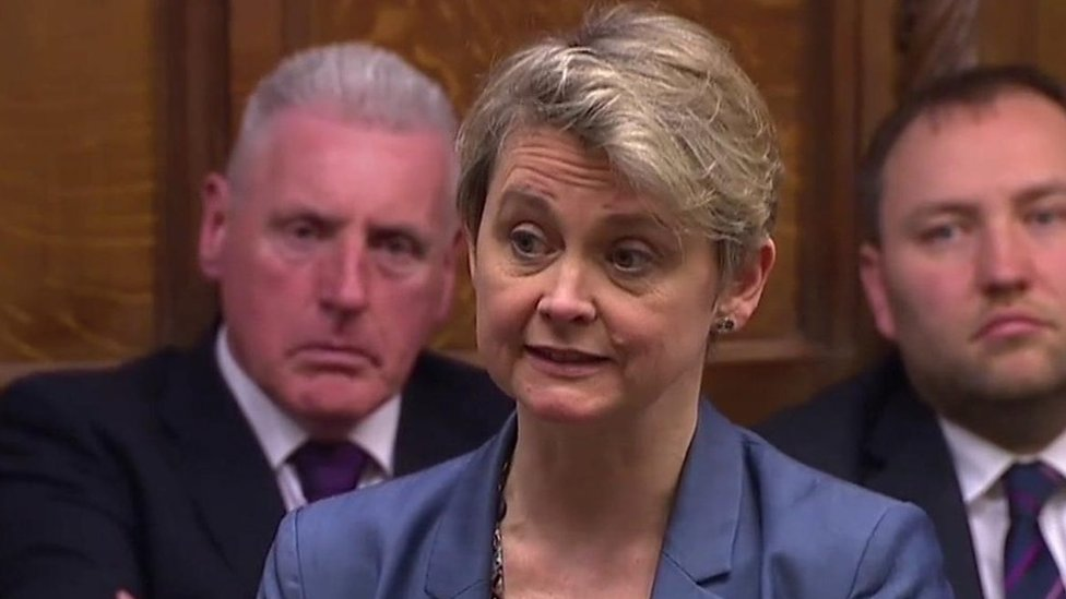 Cooper bill to delay Brexit