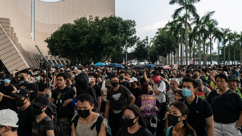 香港10月12日的示威者