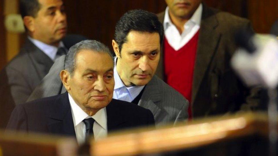 """تعليق لنجل الرئيس المصري الراحل حول """"تجديد العقيدة"""" يثير نقاشا"""