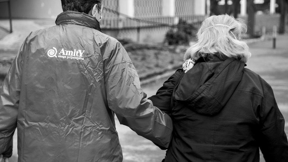 Nadežda Satarić se već godinama bavi pomaganjem starijim osobama, čije je živote pandemija dodatno otežala