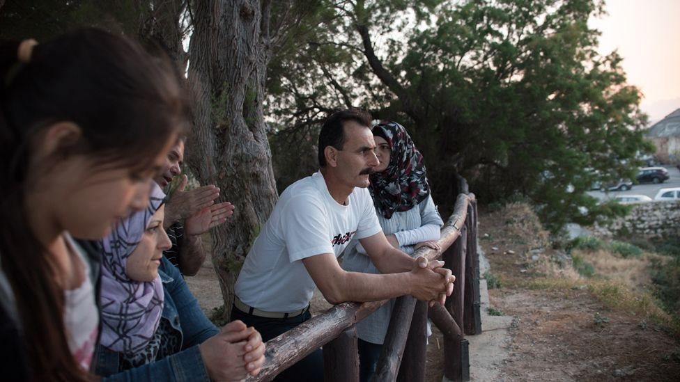 Ahmed dan keluarganya