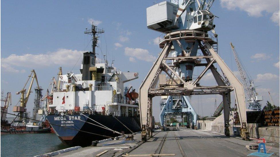Напруга на Азові: скільки недорахувалися українські порти