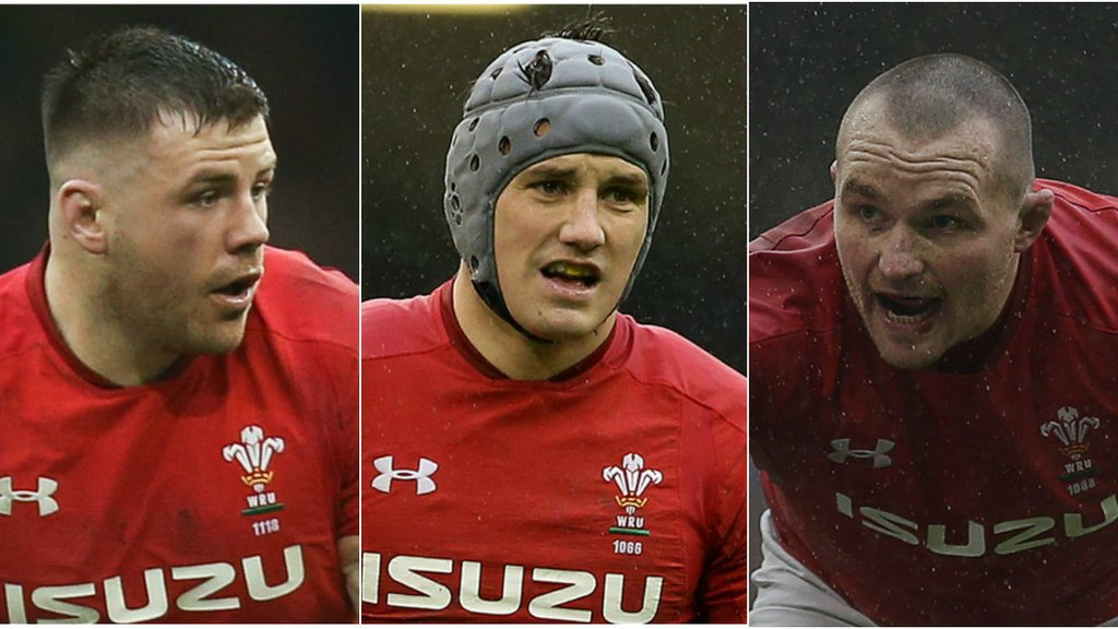 Grand Slam winners Davies, Owens & Evans sign Scarlets deals