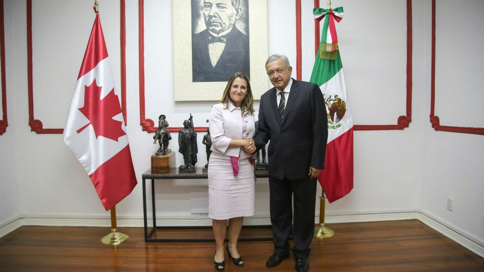 El virtual presidente electo se reunió con la canciller de Canadá, Crystia Freeland.