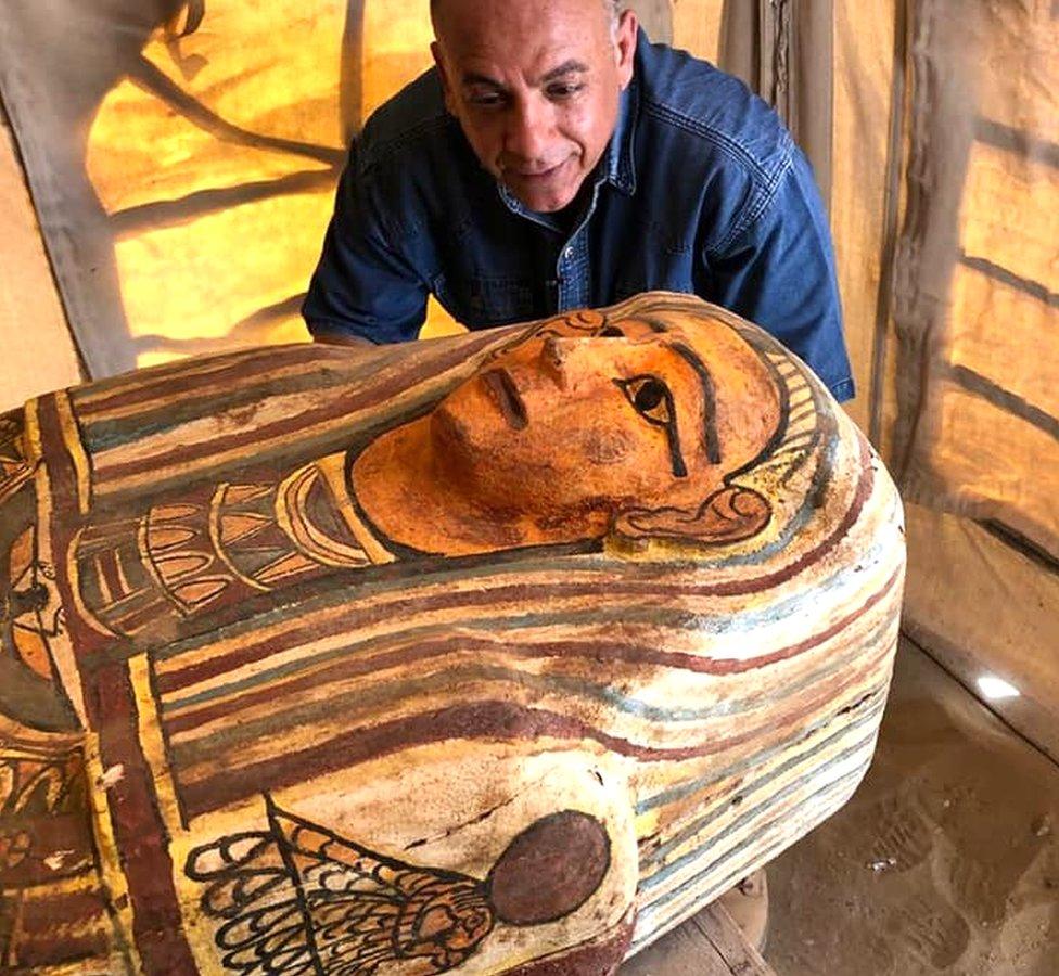 Un sarcófago de la necrópolis de Saqqara