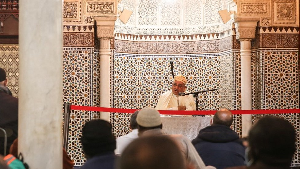 Prayers at the Paris Grand Mosque, 30 Oct 20