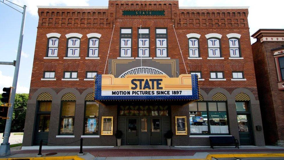 The State Theatre, Guinness Rekorlar Kitabı tarafından 2016'da dünyanın en eski ara vermeden faaliyet gösteren sineması seçildi