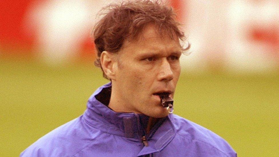 Tras su retiro como jugador Van Basten ha trabajado para la selección de su país y como directivo de la FIFA