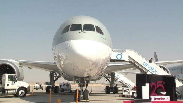 Boeing Dreamliner at the Dubai Airshow