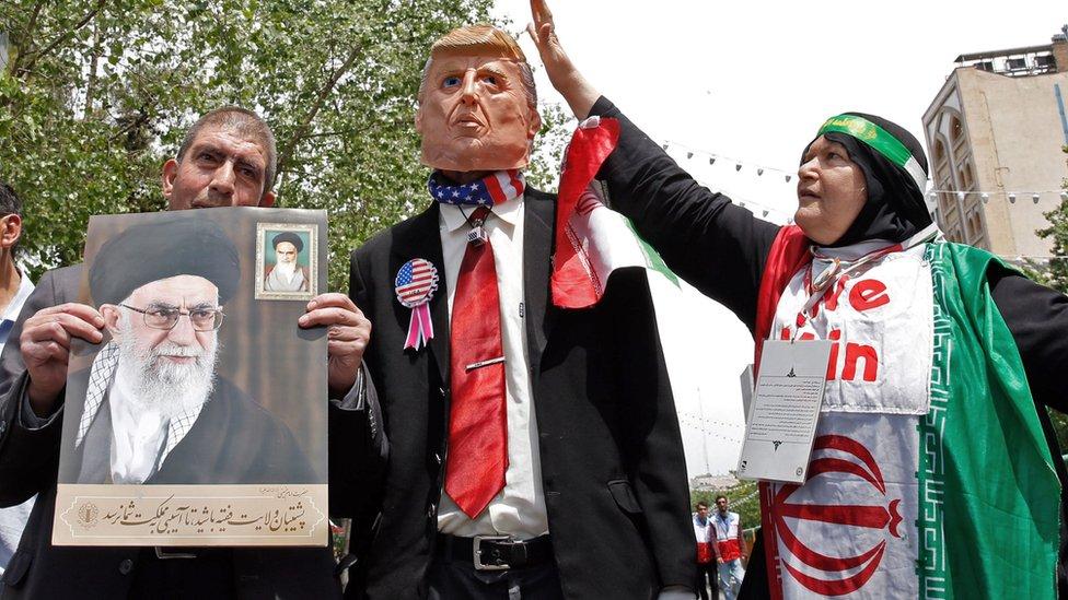 خامنئي يقول العقوبات قاسية لكن إيران ستحقق أهدافها
