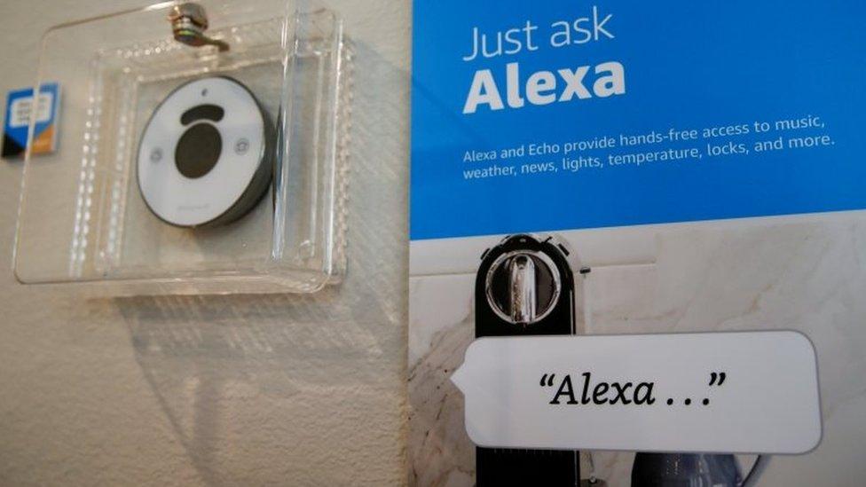 Anuncio de Alexa.