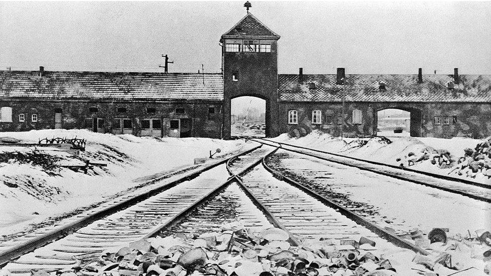 Hollanda Demiryolları, soykırım kurbanlarına ve yakınlarına 32 milyon Avro ödedi