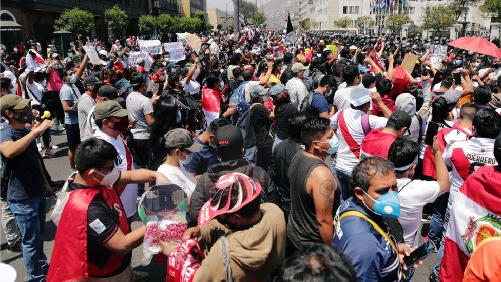 Protestas de peruanos en Lima.