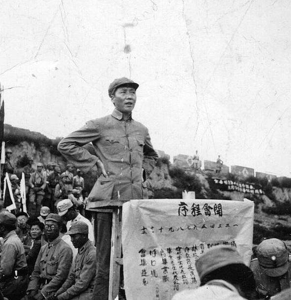 ماو خلال الحرب ضد اليابان