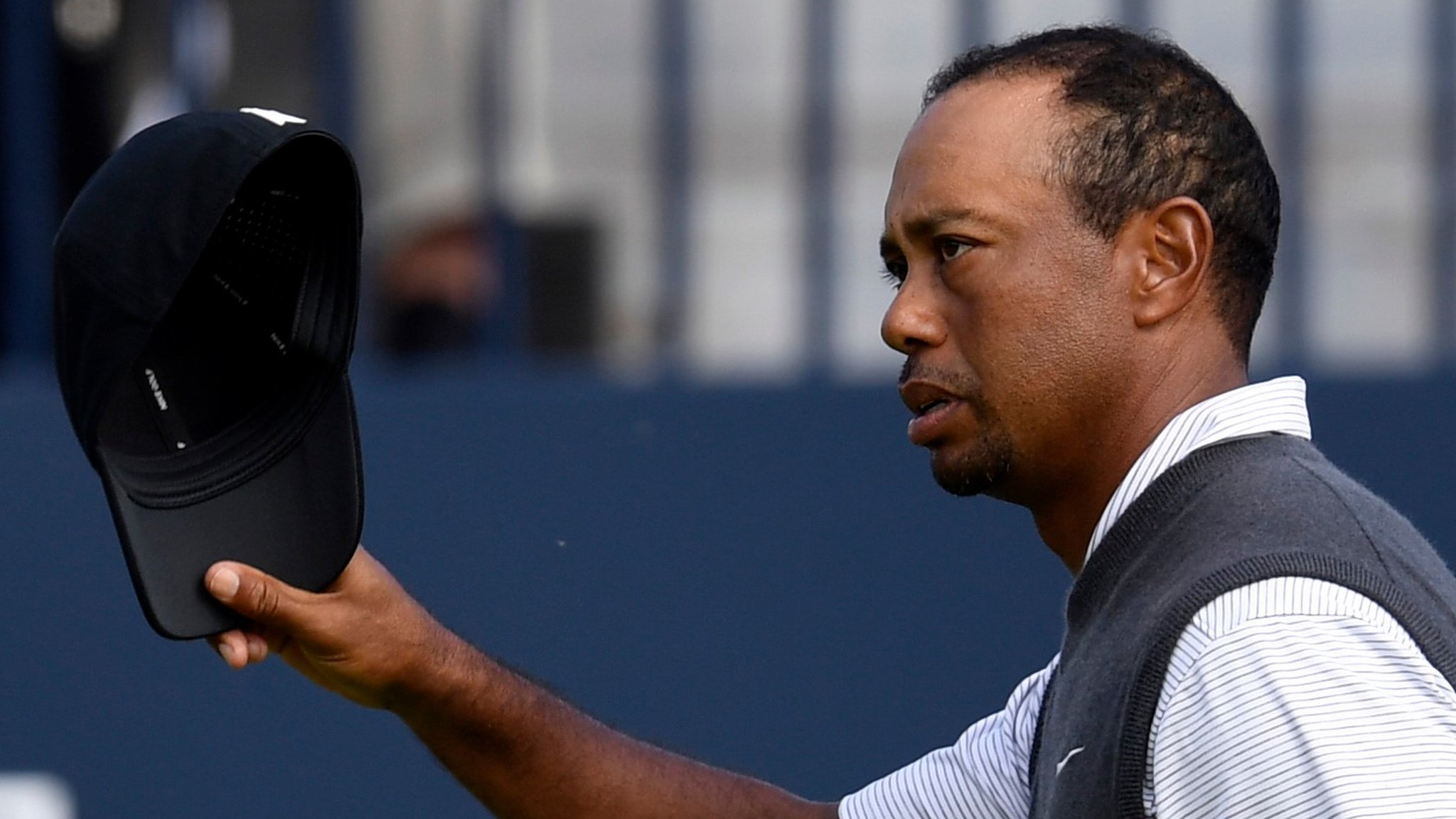Tiger Woods takes clubhouse lead at The Open 2018