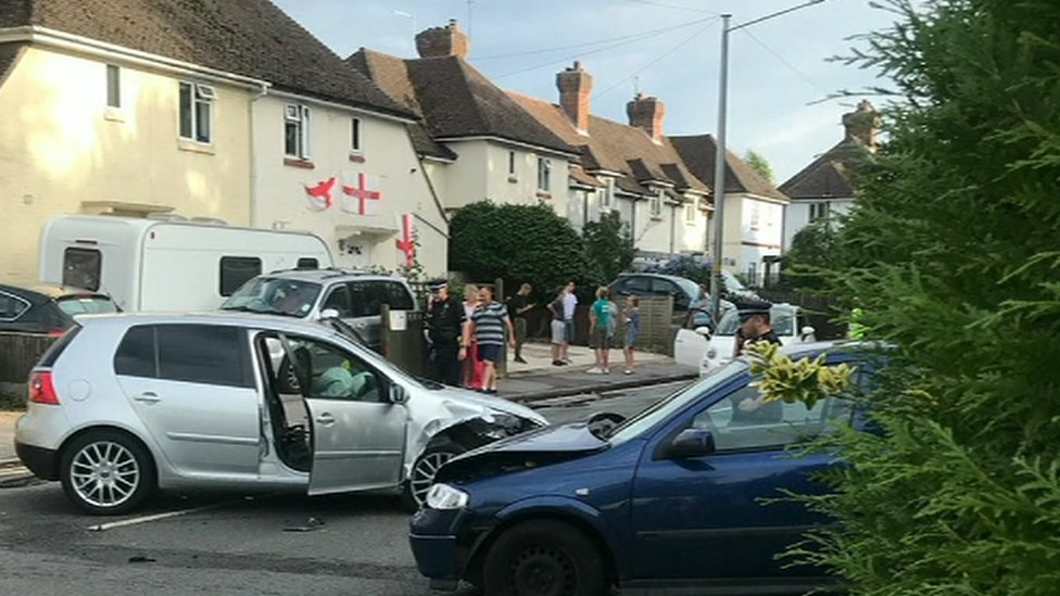 Man stabbed in Tunbridge Wells after crash