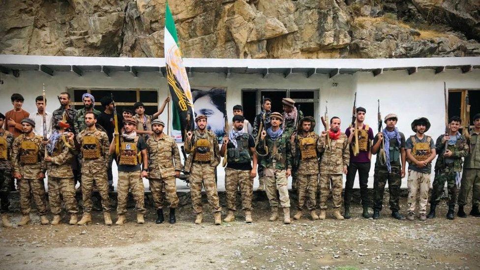 Combatientes de la resistencia de Panjshir