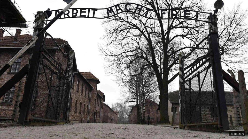 納粹在集中營屠殺了數百萬人。