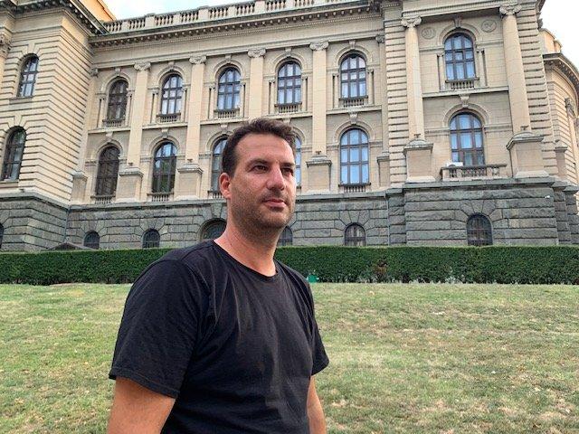 Važne su i institucionalne promene, smatra Čolović
