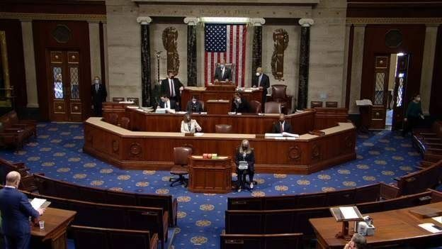 Temsilciler Meclisi'nde 10 Cumhuriyetçi Trump'ın azline destek verdi