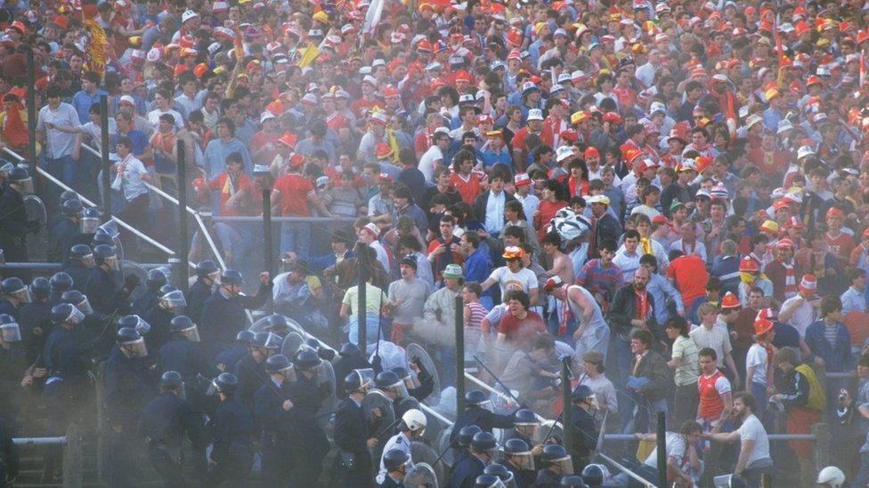 Aficionados en el estadio de Heysel.