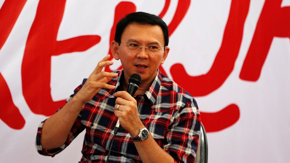 "Jakarta Governor Basuki ""Ahok"" Tjahaja Purnama speaks while campaigning for the upcoming election for governor in Jakarta, Indonesia November 15, 2016"