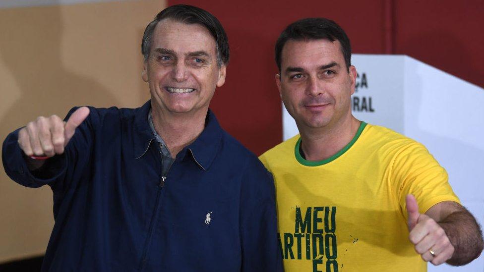 Jair y Flavio Bolsonaro