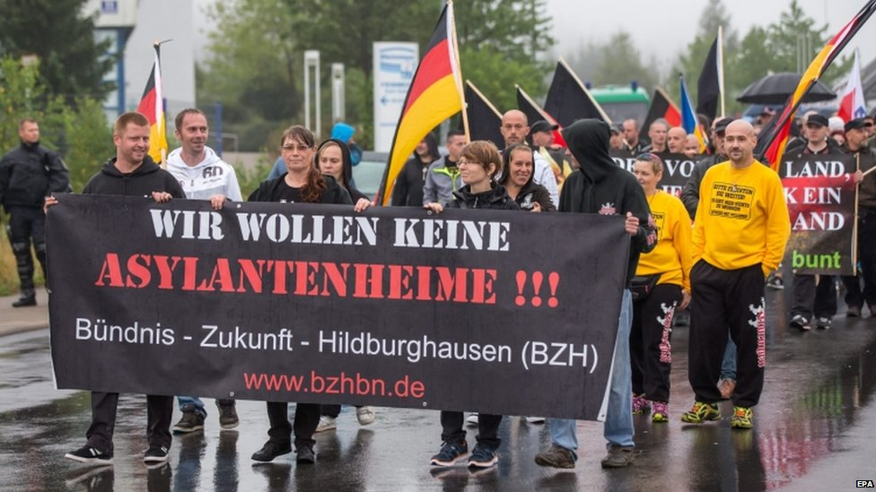 Residents in Suhl (Thuringia) march against asylum seekers' homes