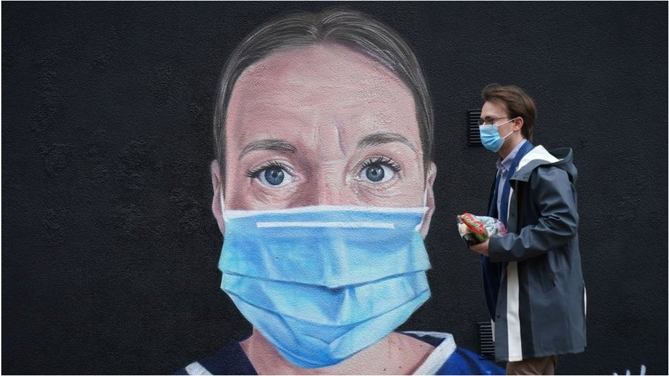 Mural of NHS worker