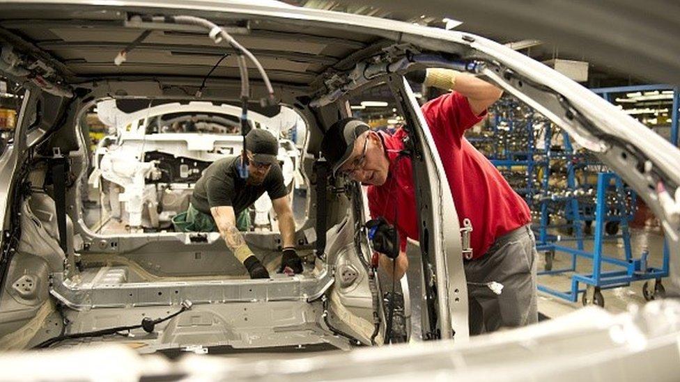 مصنع سيارات نيسان في بريطانيا