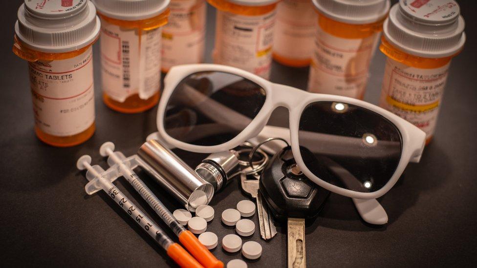 Medisiner og solbriller