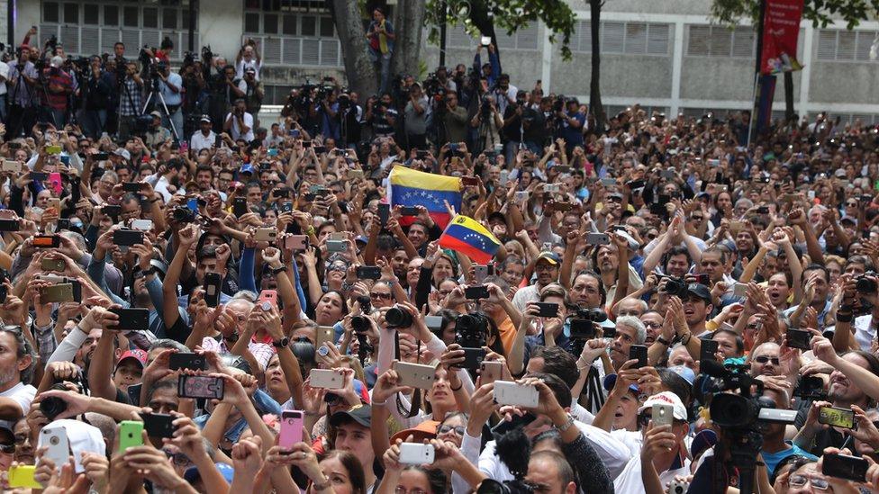 Seguidores de Juan Guaidó