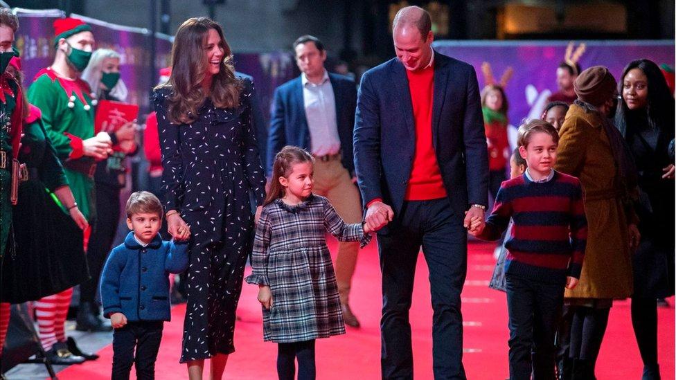 أسرة كامبريدج في عرض مسرحي صامت في لندن في ديسمبر/كانون الأول 2020