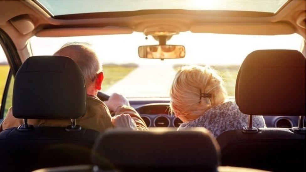 Водії похилого віку: чи важливий вік за кермом?