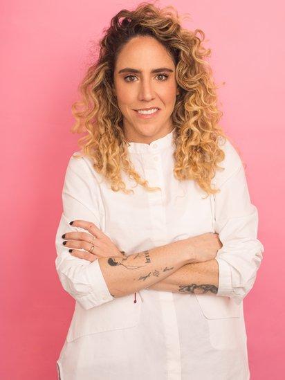 Amalia Andrade.