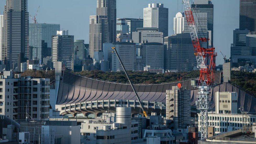 Gökdelenlerle çevrili 13 bin kişilik Yoyogi Ulusal Stadyumu, Tokyo 2020 Olimpiyatları'nda hentbol yarışlarına ev sahipliği yapacak