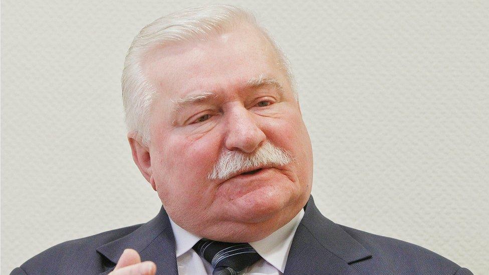 Lech Walesa in Warsaw, Poland (19 Feb 2015)
