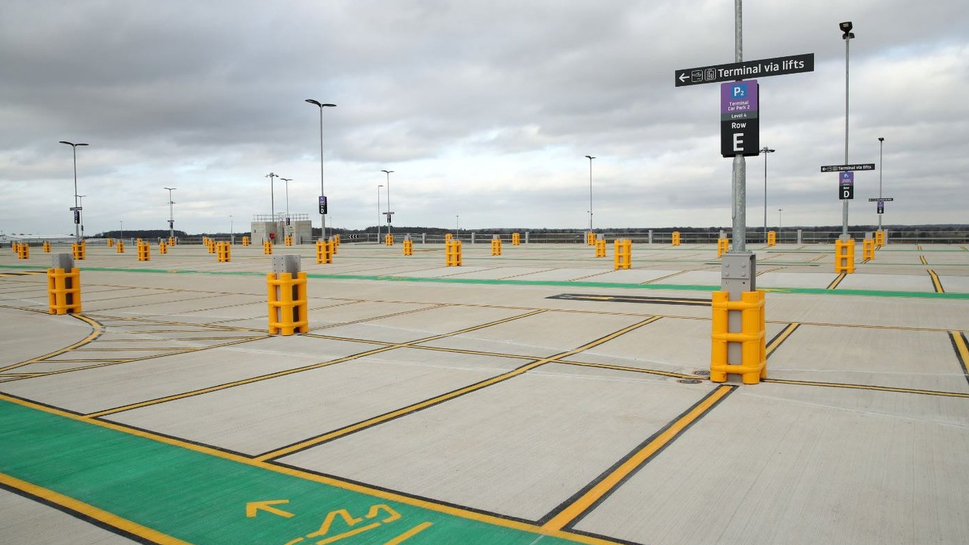Luton Airport car park