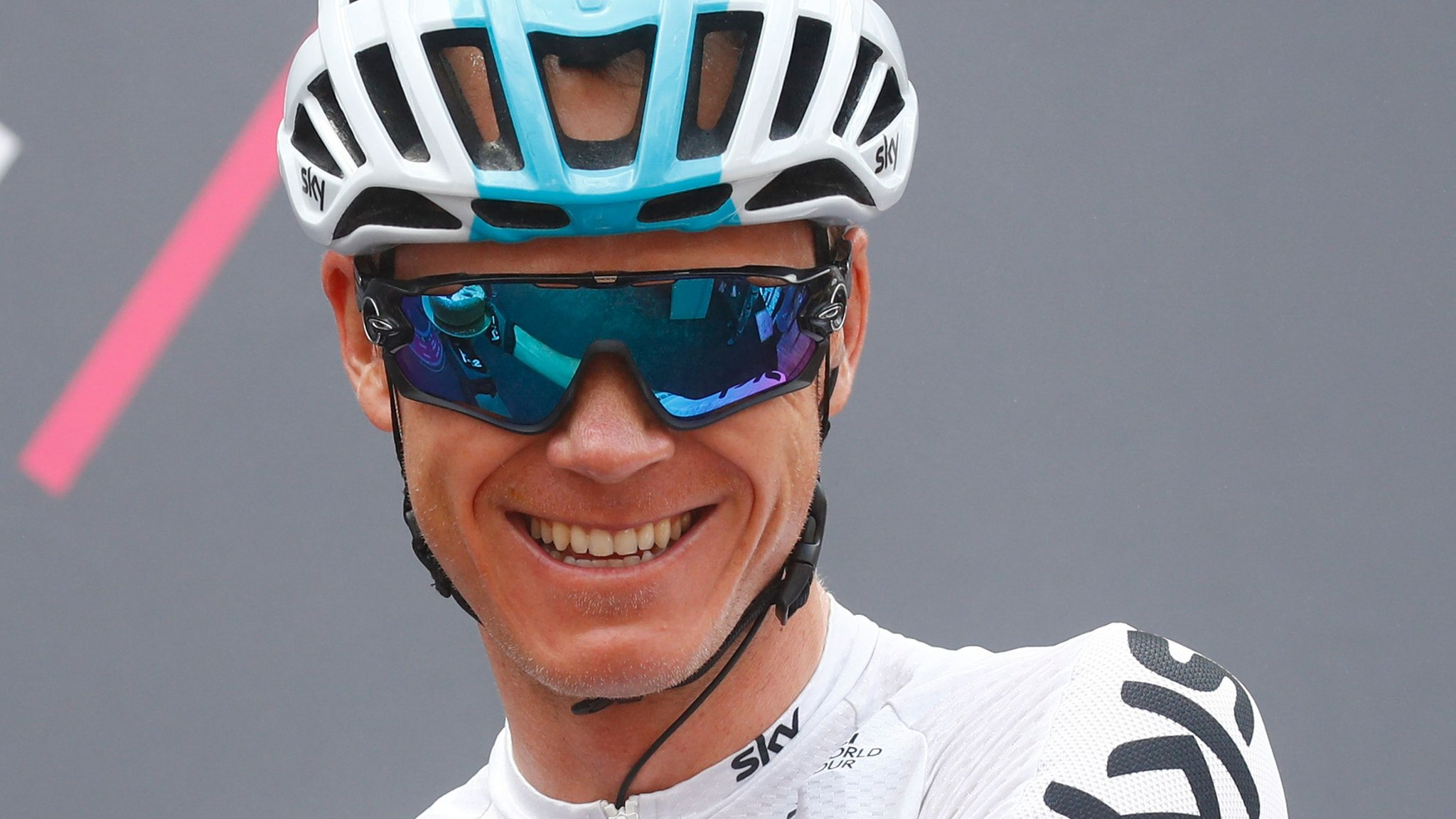 Giro d'Italia: Chris Froome wins stage 19 to take overall lead from Simon Yates