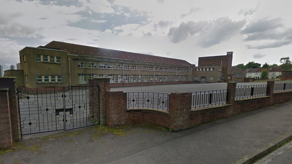 Former teacher accused of abuse at Glasgow primary school