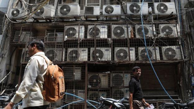 Sistemas de aire acondicionado en un local de venta en India